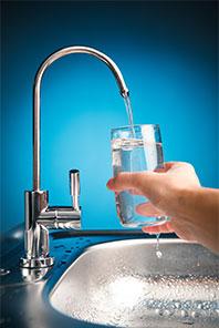 wasserqualit t reines trinkwasser aus der leitung kern wassertechnik wasseraufbereitung. Black Bedroom Furniture Sets. Home Design Ideas